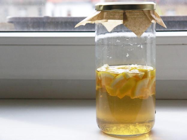 citrónový čistič, domácí úklidový prostředek, univerzální