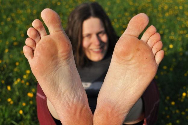 chození naboso, úskalí bosé chůze, barefoot, minimalismus, Marcela Sobotová