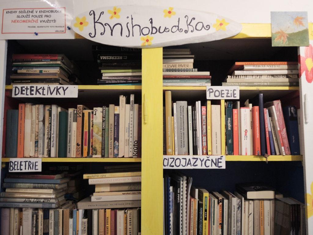 knihobudky, Marcela Sobotová, minimalismus, sdílení knih, knihy, knihobudka Plzeň