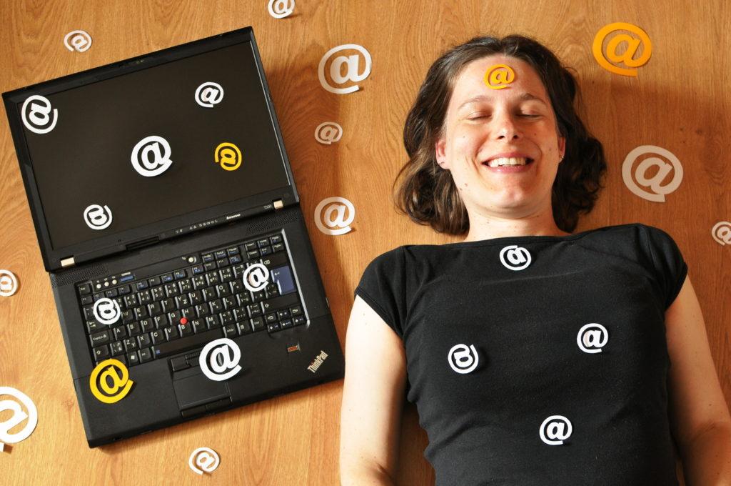 eBook Jak omezit digitální smetí ve své e-mailové schránce, Marcela Sobotová, minimalismus, digitální detox, digitální očista