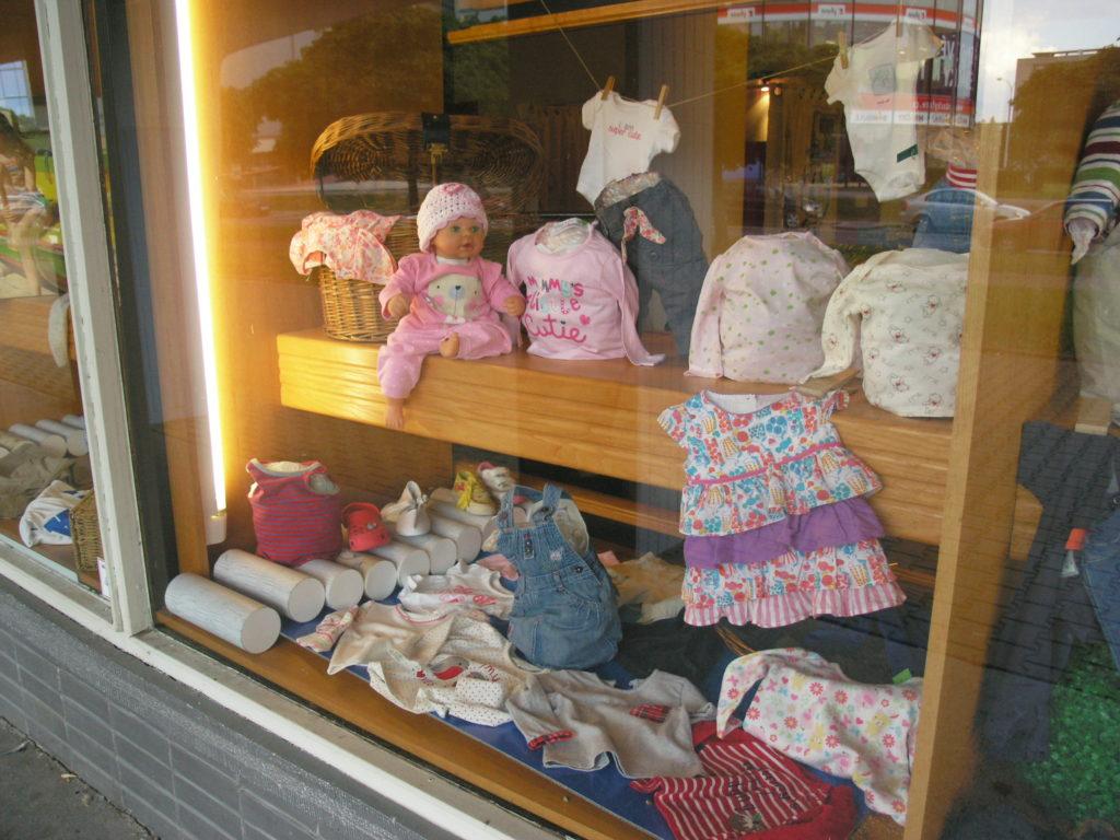 nakupuji z druhé ruky, second hand, oblečení, děti, minimalismus, Marcela Sobotová
