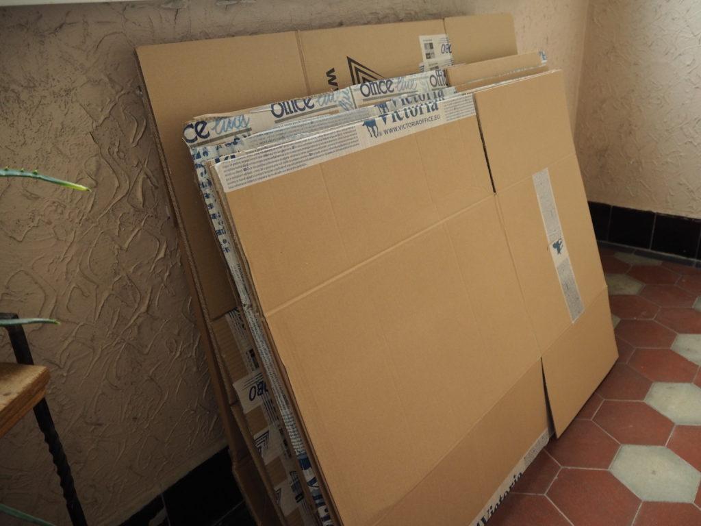 stěhování, minimalismus, Marcela Sobotová, jak jsme se stěhovali, vystěhováno, stěhování jako příležitost, krabice, obaly