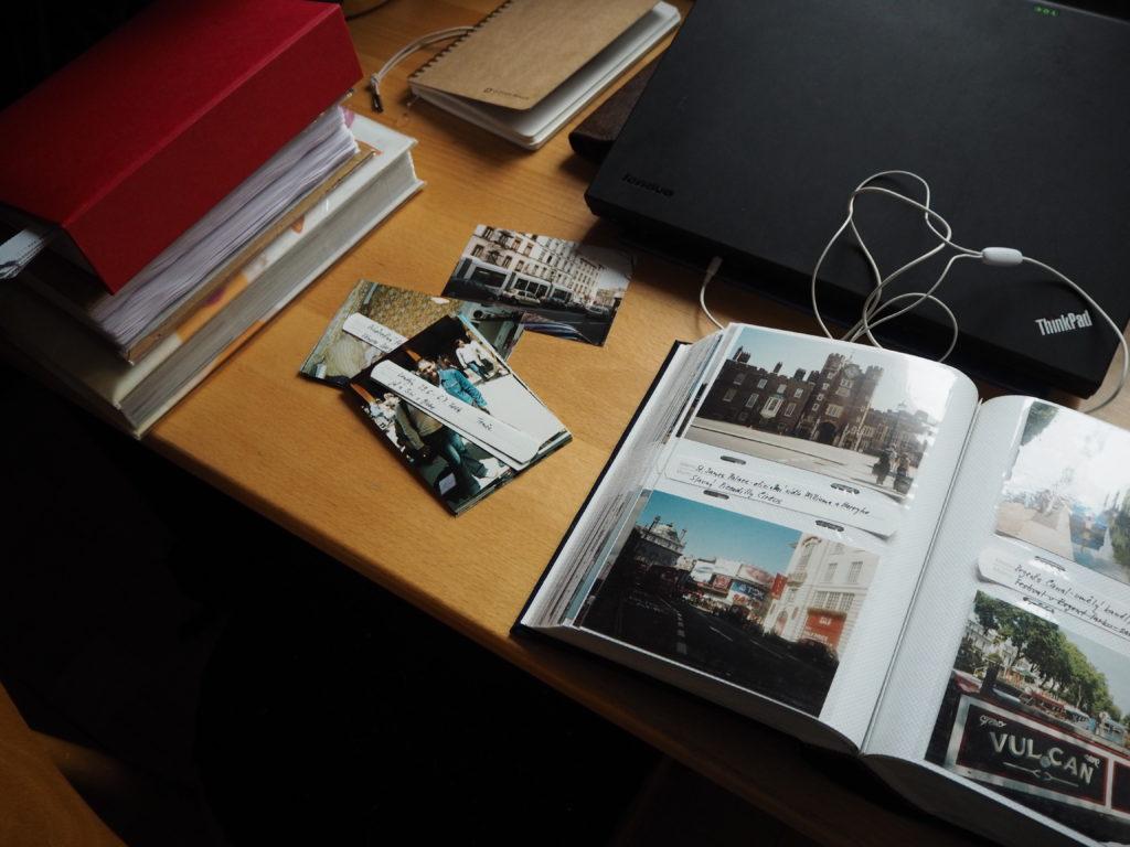 třídění fotek, úklid, fotografie, minimalismus, Marcela Sobotová, jak se zbavit fotek, fotoalba