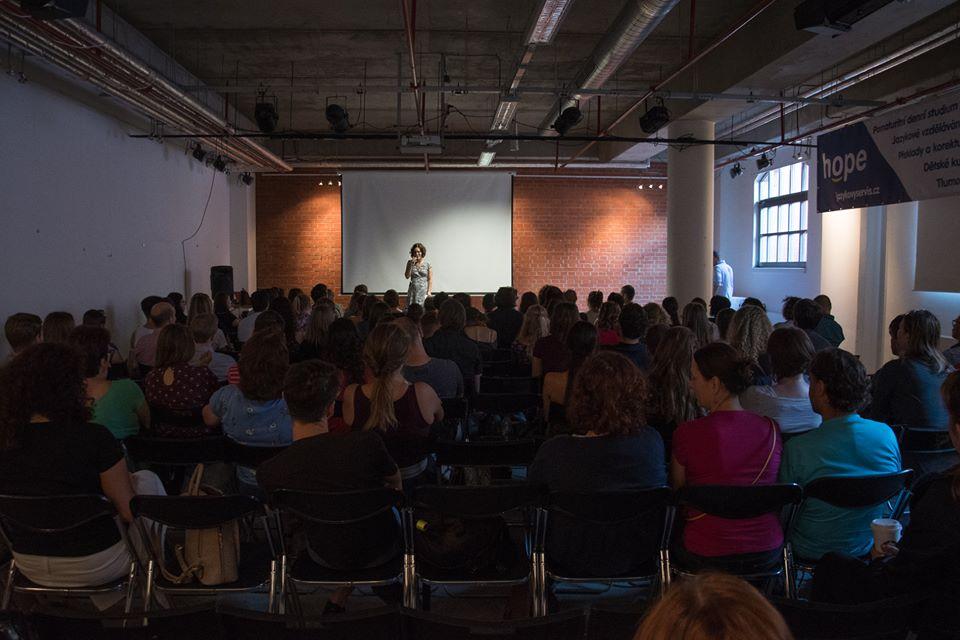 přednáška, akce, minimalismus, festival Stačí málo, Marcela Sobotová, lektorování nabídka, seminář přednáška minimalismus