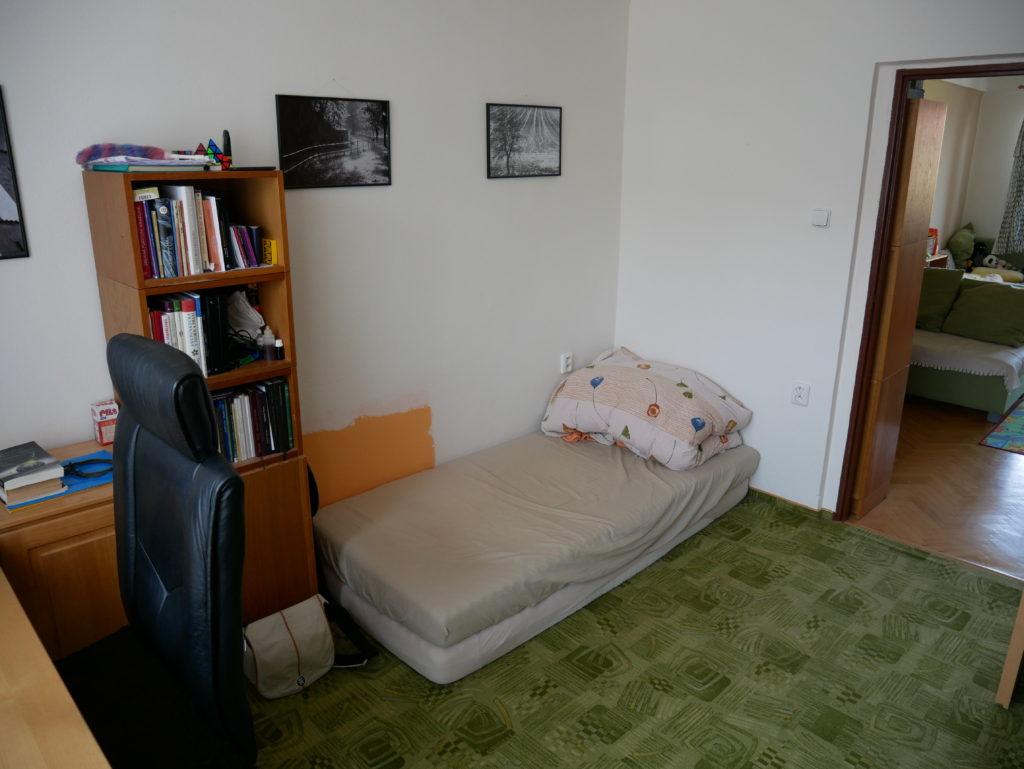 bydlení, minimalismus, Marcela Sobotová, malý prostor, jak uspořádat, pokoj, matrace, postel