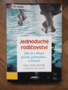 kniha, minimalismus